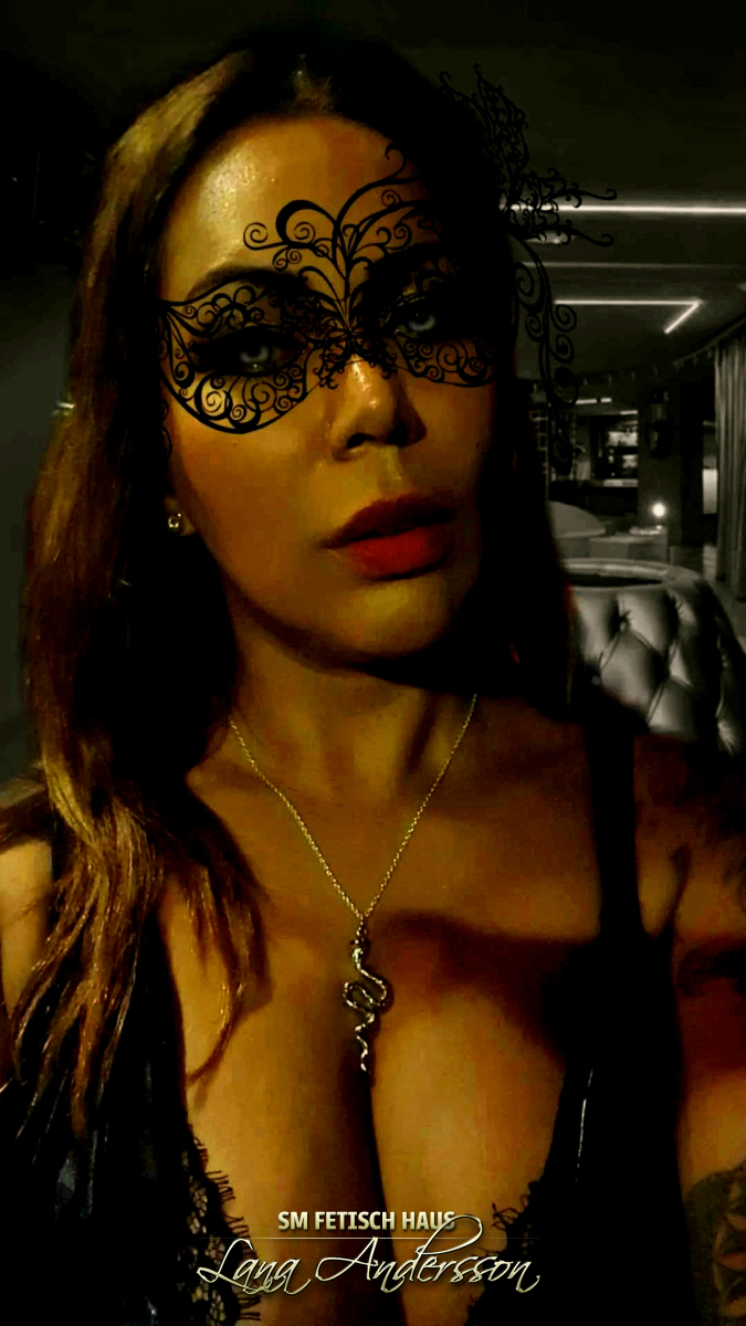 Mistress Loren - Bild 1