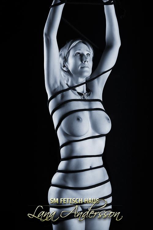 Extrem Sklavin Elise - Bild 16