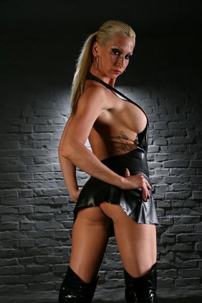 LADY DAJANA - Bild 2