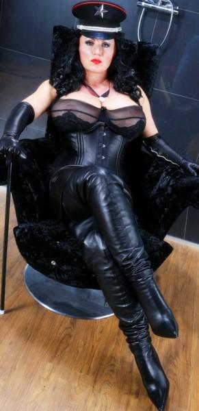 Bizarr Lady Marissa  - Bild 2