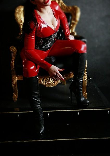 BIZARR LADY ZENJA - Bild 14